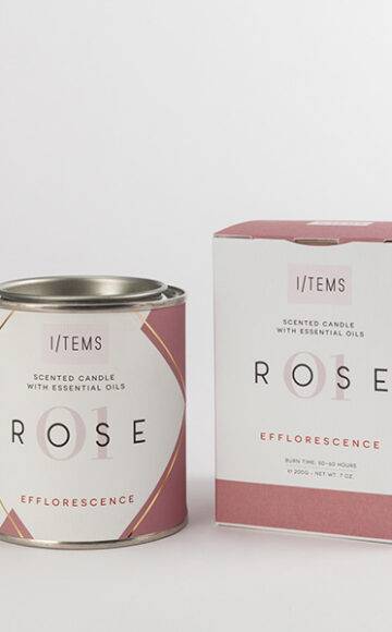 Scented candle with essential oils 01 / ROSE