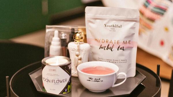 Свещ I/TEMS Moon Flower и Youthiful Herbal tea