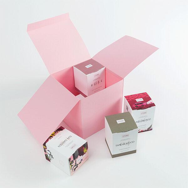 Сет от 4 ароматни свещи за подарък